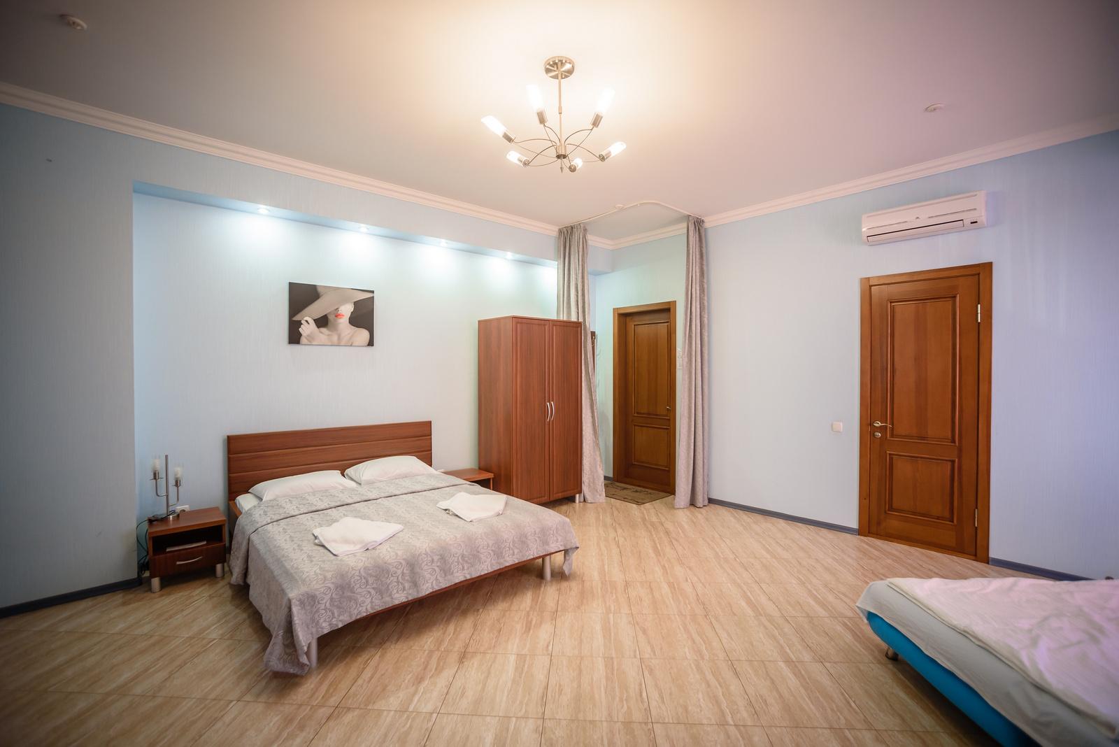 Номер 2.  Апартамент. Амальтея. Бердянск. Фото 4